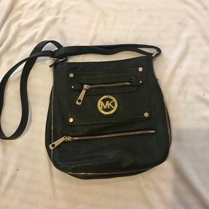 Faux Michael Kors shoulder bag